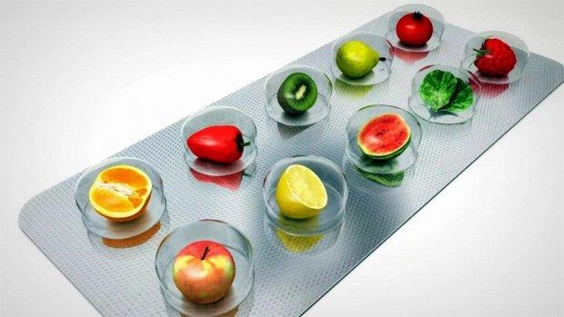В стикере для таблеток нарисованы различные фрукты и овощи